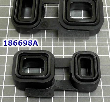 """Уплотнение пластиковое (прямоугольные """"очки"""") 6HP26/28/32 соединяет масляный канал между насосом и клапанной плитой OEM 2002-up"""